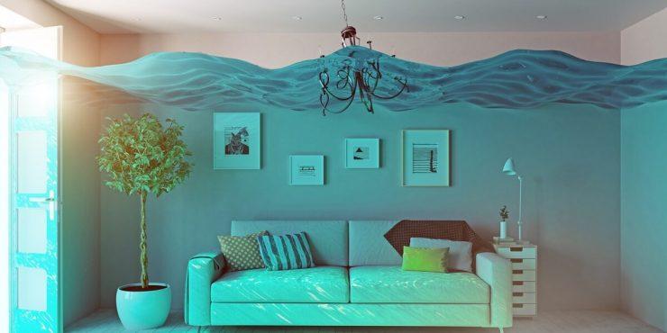 mieszkanie pełne wody po sufit